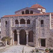 Ιερό Προσκύνημα Παναγίας Εκατονταπυλιανής