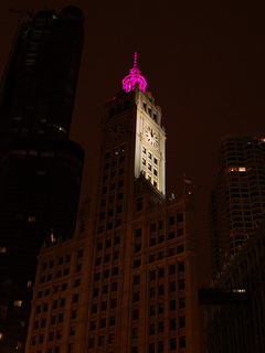 Wrigley Building in Chicago, October 2008 (Image via Flickr Creative Commons/flash.pro)