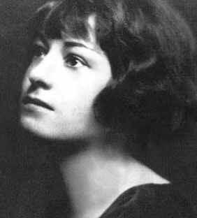 Dorothy Parker (Wikimedia Commons)