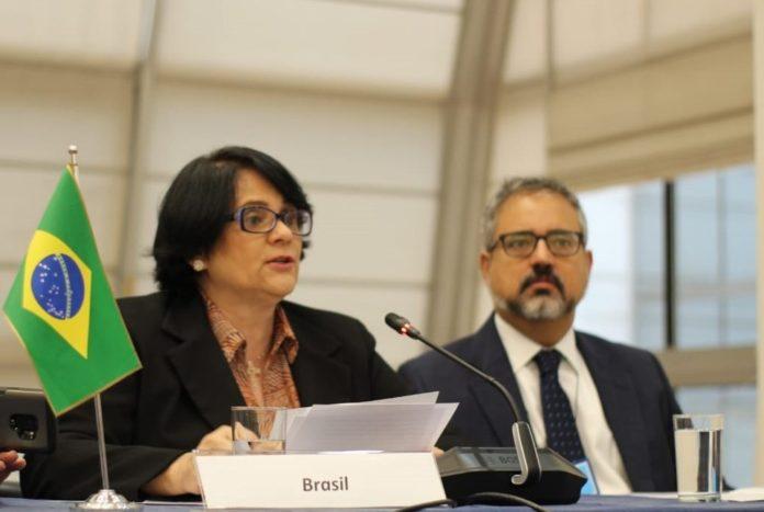 """El Gobierno de Bolsonaro declara que """"Brasil tiene una posición oficialmente provida"""""""