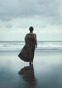 Y Fenyw Ddaeth O'r Môr / The Lady From The Sea