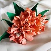 Pastel peach flower haircomb