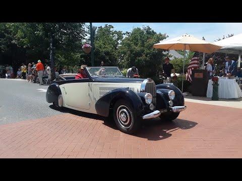 1938 Bugatti Type 57C Stelvio Cabriolet by Gangloff 1972 Mercedes Benz 600 SWB Limousine