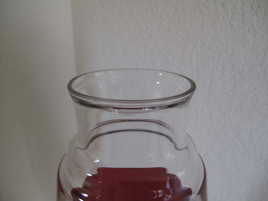 Red/Clear Giant open globe top