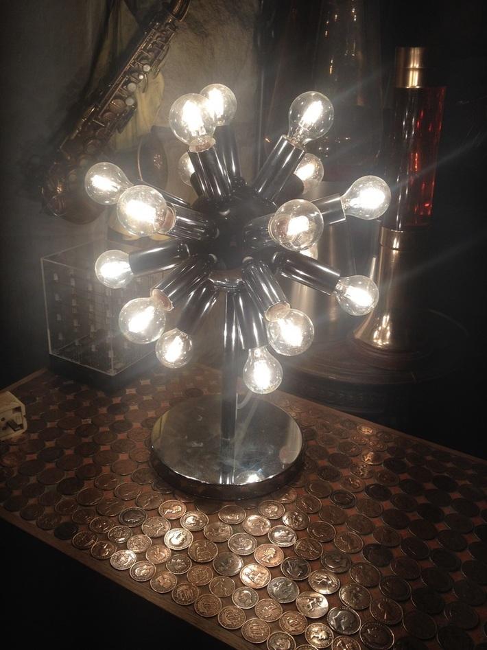 Sputnik table light