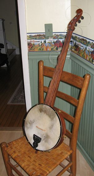 boucher_banjo_side