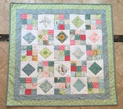 Neutral gender baby quilt