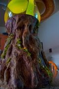 Mystic-Tree-Grande-Trunk