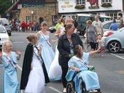 court walking sandwich carnival