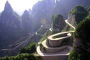 heaven-linking-avenue-chinas-most-dangerous-road-11