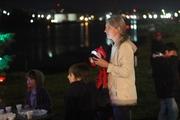 2015 Q River Tree Lighting Celebration