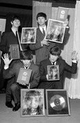 GUISE HOW DID THE BEATLES FIND MY DERP FACE PICTURE!!!! AHHHH!!!