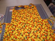 Apron / Yellow with Chilies