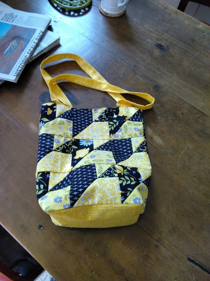 Bag made with jellyroll scraps