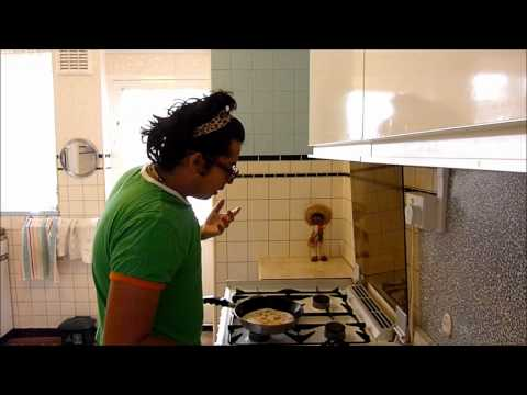 una keka muy coketa How To Make Quesadillas - Mexican Food Made Easy