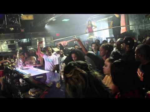 Jim Jones (@JimJonesCapo) & Trav (@TravMBB) - Paper Chaser [Music Video] (NSFW)
