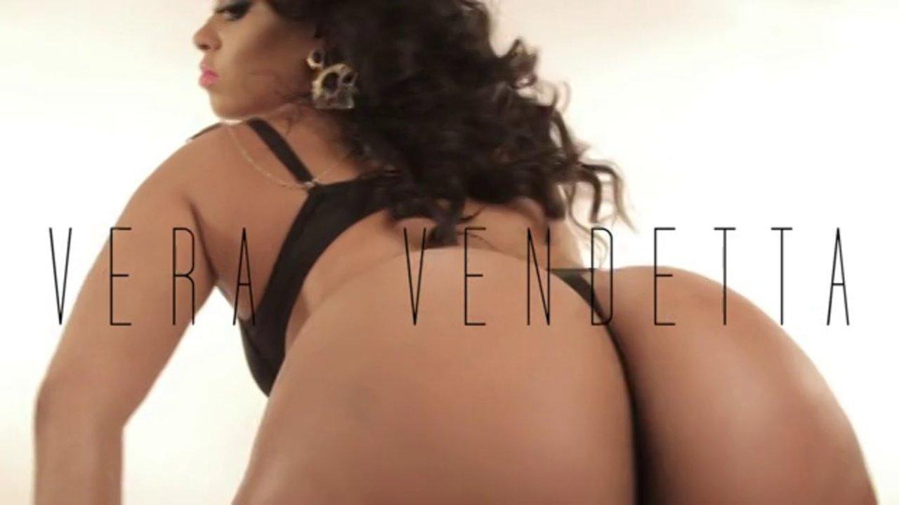 EYE CANDY - Vera Vendetta @IAMVeraVendetta Twerk Video w/ Stripper Luv