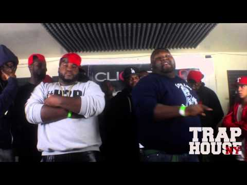 BATTLE RAP - Ah Di Boom vs Cakes   Hosted by @CharlieClips