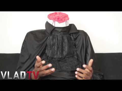 @Daylyt2k: I Took a S**t Because of Racist Treatment