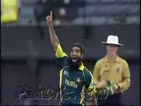 Best Bowler in the History of Cricket