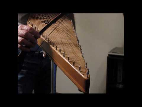 Auld Lang Syne on Bowed Psaltery