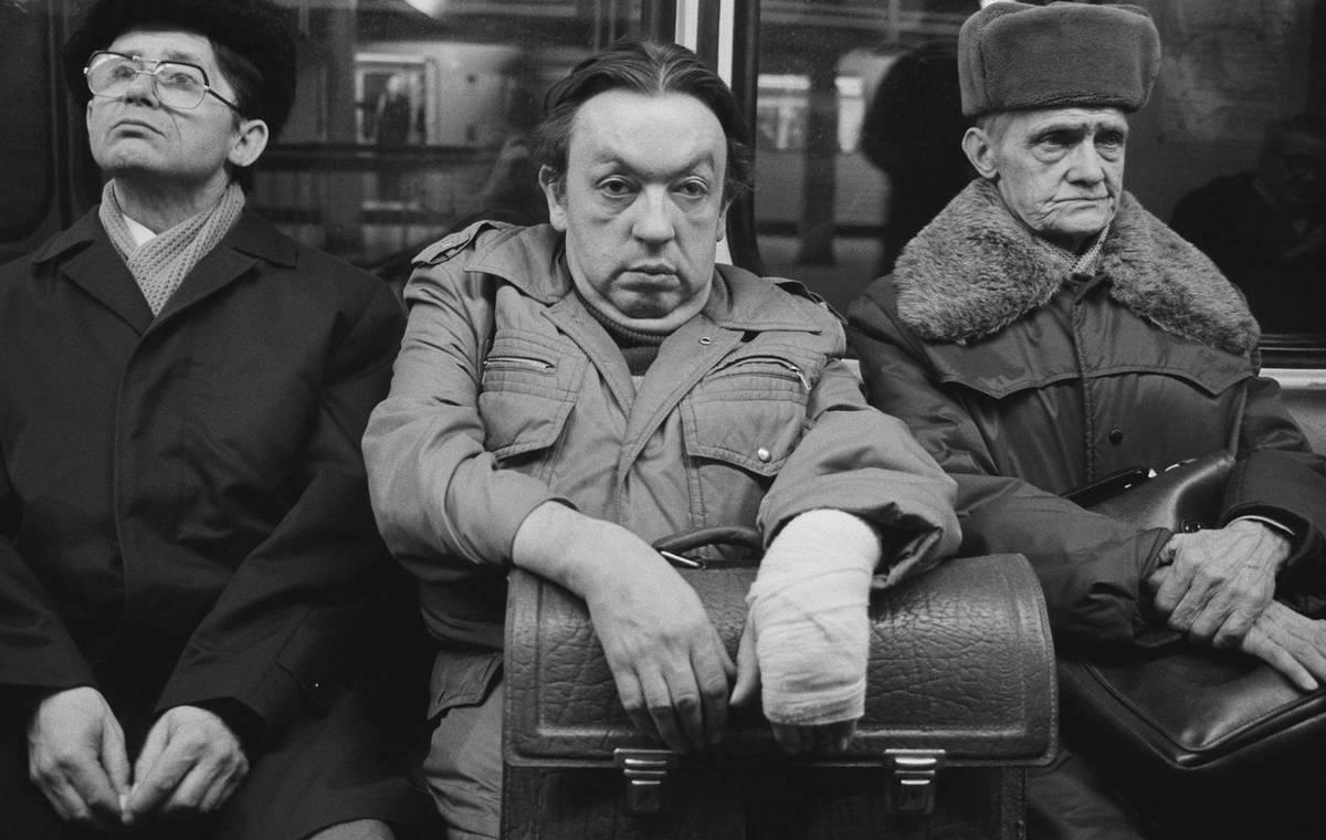 El fotógrafo espiado por la Stasi que documentó el día a día de la Alemania comunista