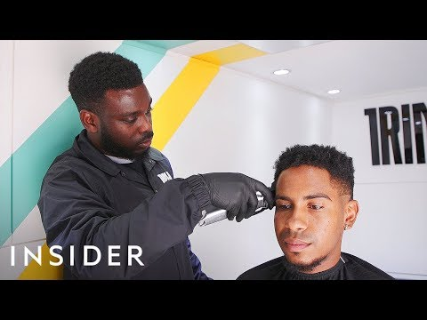 How This 25-Year-Old Started His Own Uber-Like Barber Business