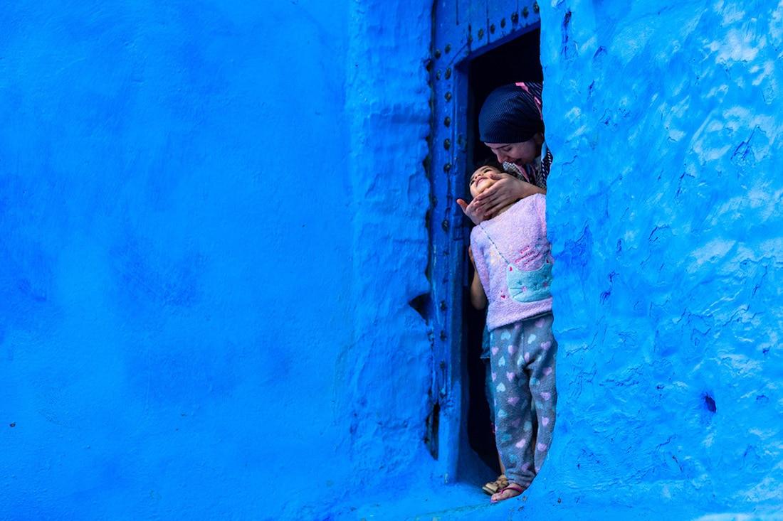 ლურჯი მარგალიტი, პატრიოტიზმი, ინფრასტრუქტურა, ბლოგი, ფოტოგრაფია, Qwelly