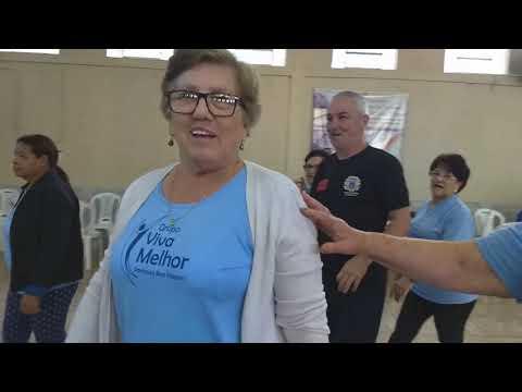 AULA DE GINÁSTICA NO SALÃO DA IGREJA