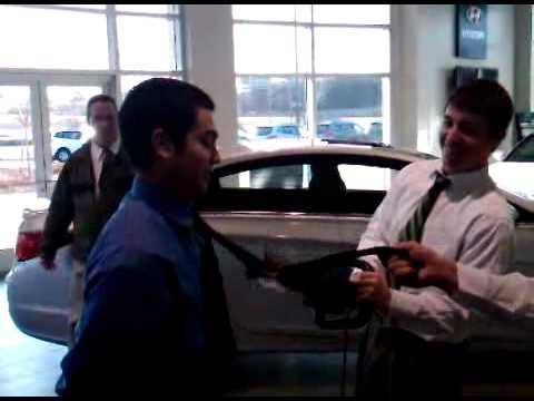 Tysinger Hyundai's Tie Cutting Event