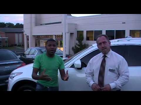 NJ Infiniti Customer Review | Satisfied Douglas Infiniti Customer, Simeon Hill shares his experience