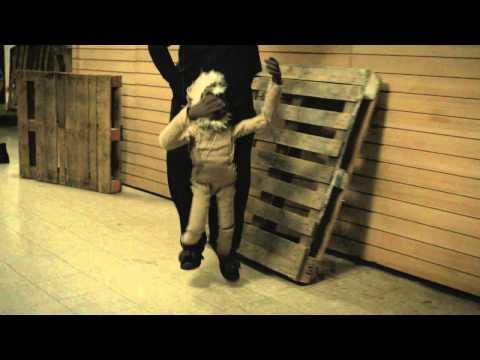 DJ Shadow, Little Dragon - Scale It Back