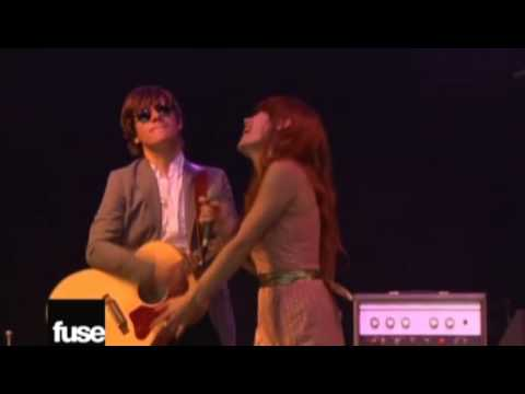 Rilo Kiley - With Arms Outstretched (Live Bonnaroo 2008)