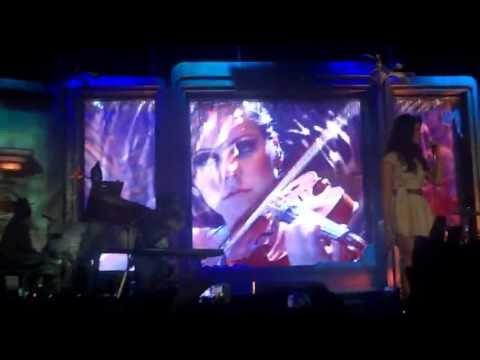 Lana del Rey - Blue Jeans (Live in Glasgow) - 16/05/2013