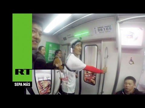 ¿Quién es más veloz, un hombre o el metro de Beijing?