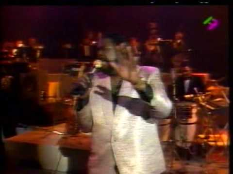 Barry White- in Paris 31/12/1987 w/Emmett North Jr On Guitar - Part 2 - What Am I Gonna Do With You