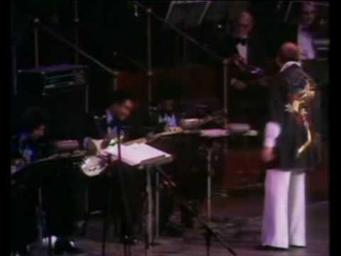 Barry White-Royal Albert Hall 1975 w/Emmett North Jr on Guitar, - Part 1 - Satin Soul