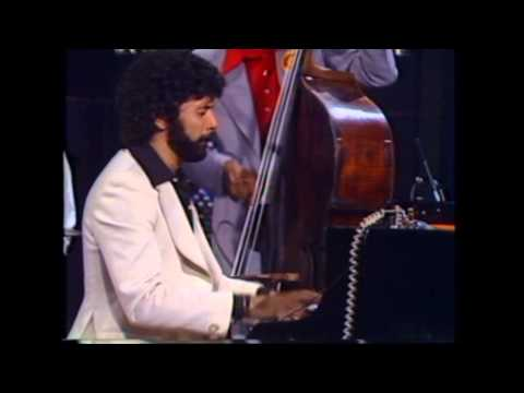 Milt Jackson Ray Brown Monty Alexander Clark Terry at Montreux '77. 03. Red Top