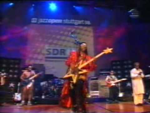 """Bootsy Collins (Bass Solo) """"I'd Rather Be With You"""""""