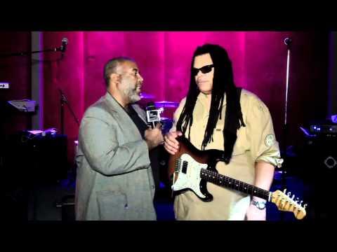 L.P. On the Scene Dallas at Sambuca's with Domino Effec
