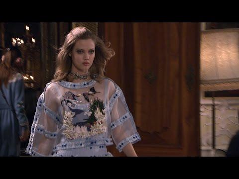 UJD | Fashion Coverage: Métiers d'Art 2014/15 Paris-Salzburg CHANEL Show - Short Edit