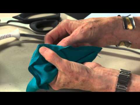 How To Sew Perfect Corners with Linda Lee