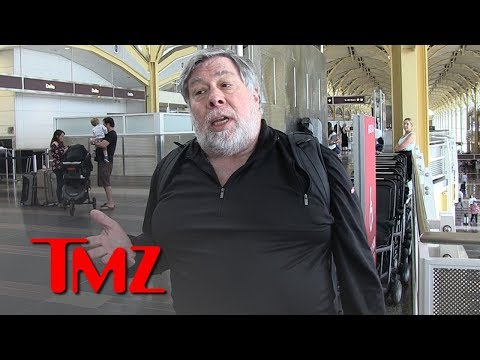 Steve Wozniak Warns People to Get Off Facebook Over Privacy Concerns