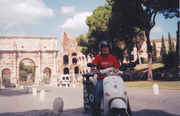 Scootering in Roma