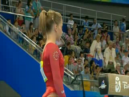 YouTube - Shawn Johnson - Beijing 2008 - BB - All-Round Final