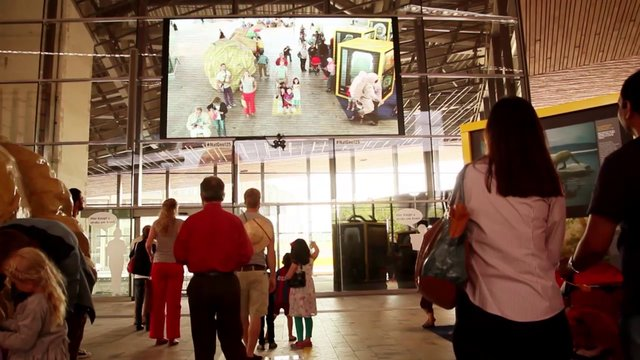 National Geographic Augmented Reality Rotterdam Centraal