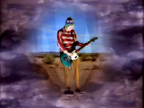 Red Hot Chili Peppers - Under The Bridge (Video)
