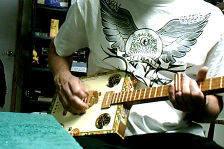 acoustic shorty