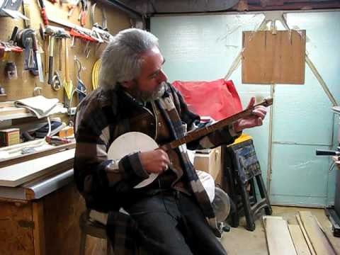 """I'll Fly Away"" on one-stringed banjo"