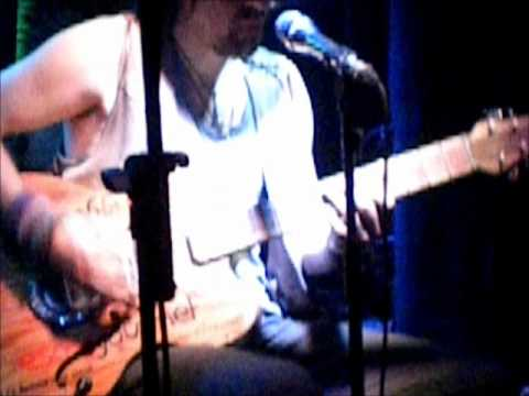 "Klangbox guitar check: ""La Melona"" played by Edi Fenzl"
